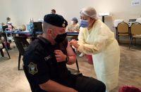 Aseguran que un 10% de los policías salteños se niega a vacunarse contra el COVID-19