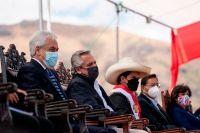 Aislaron a Alberto Fernández y a toda su comitiva tras su viaje a Perú