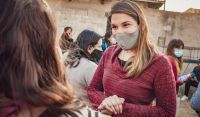 """""""Nos une la esperanza, el trabajo y el compromiso"""": Malvina Gareca continúa llevando sus propuestas a los barrios"""