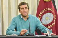 Matías Posadas cruzó a Pamela Ares y asegura que si habrá debate de candidatos