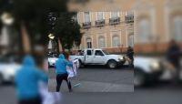 Elecciones en Salta: pegatineros de dos candidatos serían denunciados por violar la veda electoral
