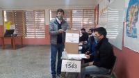Matías Posadas ya emitió su voto ya adelantó dónde esperará el resultado de la elección