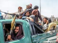 Talibanes volvieron a colgar cadáveres en plazas públicas