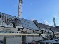Susto en Brasil: se derrumbó la tribuna de una cancha en pleno partido