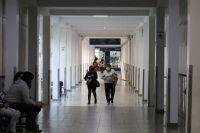 Caen los casos de coronavirus en Argentina, pero las muertes no cesan