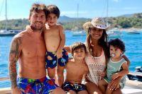 ¿Cuánto cuesta el alquiler de la lujosa mansión en la que se vivirá Lionel Messi junto a su familia?