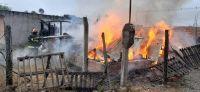 Feroz incendio en una vivienda de zona sudoeste