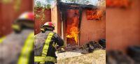|FOTOS| Terror en Salta por el feroz incendio de un depósito