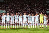 ¡Vuelve la Scaloneta! La Selección Argentina se enfrenta a Uruguay: hora, TV y formaciones
