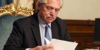 Alberto Fernández firmó el decreto para convertir planes sociales en trabajo