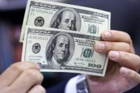 El dólar blue no corre, vuela: cerca de los $200 y nueva marca récord para la moneda estadounidense