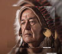 El Indio desplumado y casi fuera del gallinero