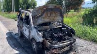 No sirve ni para repuesto: salteño iba tranquilo en la ruta hasta que perdió su camioneta por un incendio