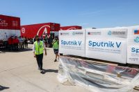Arriba a Moscú un nuevo vuelo de Aerolíneas Argentinas con el objetivo de conseguir más vacunas Sputnik V