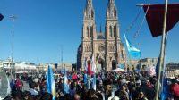 Realizaron una misa en Luján para pedir reflexión a los senadores antes de votar la ley del aborto