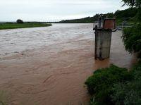 Terror en el Río Bermejo: empeoró el tiempo, creció el caudal y se complica el rescate de los desaparecidos