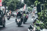 Terrible video: sin patentes y sin barbijos, motociclistas irresponsables se adueñan de las calles de Salta