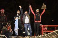 Gustavo Sáenz premió a Kevin Benavides por su actuación en el Rally Dakar