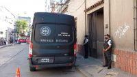 |URGENTE| Tensión en pleno centro salteño: la PSA allana domicilios particulares por una causa de facturas truchas