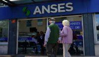 Jubilados, bonos de $1.500 y otros pagos: los beneficios que acredita hoy ANSES