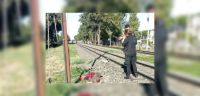 Horroroso crimen: forcejeó con su esposa, la arrojó a las vías del tren y murió arrollada