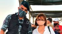 Habrían desplazado a los policías que saludaron a Patricia Bullrich