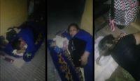 Durmiendo en la calle: así esperan en Santiago del Estero una cama en el hospital