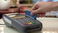 El Gobierno nacional extendió el beneficio del reintegro del 15% por pagar con débito ¿a quiénes alcanza?
