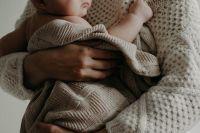 Los peores padres son salteños: bebito falleció en el hospital tras sufrir fracturas múltiples de cráneo