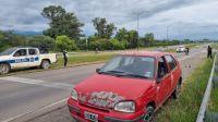 Arrancamos mal el miércoles: un hombre perdió el control de su auto y chocó en circunvalación Oeste