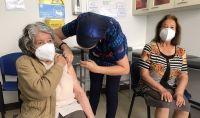 Lo que puedes y no puedes hacer si recibiste la vacuna contra el COVID-19