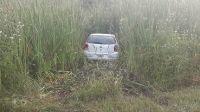 ¿Se mandó una terrible macana?: misterio y desconcierto en Salta por un auto que amaneció abandonado en un pastizal