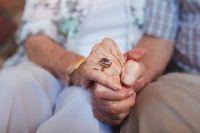 El Gobierno anunció un aumento de las jubilaciones, más el pago de dos bonos