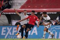 Triunfazo de Independiente ante Gimnasia tras un insólito error en los cambios