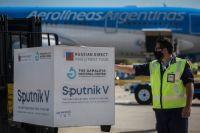 Arribó a Ezeiza el vuelo de Aerolíneas con 330 mil dosis de vacunas contra el Covid-19