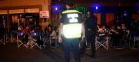 Todo era fiesta y descontrol hasta que cayó la policía: labraron 900 multas