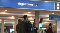 El Gobierno ratificó el cierre de fronteras y dispuso nuevos requisitos a los viajeros que regresen al país