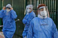 Coronavirus en Argentina: tras cuatro días de récord mermaron los casos