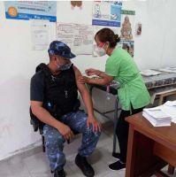 Continúa el calendario de vacunación a efectivos de la provincia