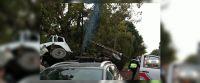 |URGENTE| Nervios y tensión: volcó un camión en cerrillos y sus ocupantes quedaron atrapados entre los hierros