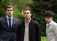 """Netflix confirmó el resto del elenco de la película """"A través de mi ventana"""" el éxito de Wattpad"""