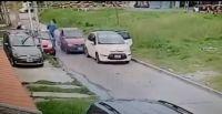  TERRIBLE VIDEO  ¡Está loco! Chocó desde atrás a delincuentes que robaban un auto y se paró de manos