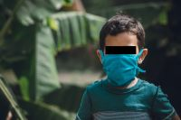Máxima preocupación: un nene contrajo COVID-19, le agarró neumonía y está internado en terapia intensiva