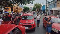 Taxistas piden aumentar las tarifas