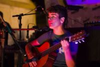 Gastón Fuentes, el adolescente salteño que debutó con Los Huayra