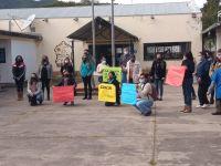 Arde el interior salteño: docentes de una localidad se manifiestan por el incremento de muertes y contagios