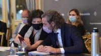 Casa Rosada: Cafiero y Vizzotti reunidos para evaluar las próximas restricciones