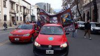 Taxistas vs. motomensajeros: ¿Son altos los índices de informalidad laboral?