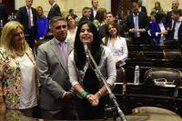 """Verónica Caliva: """"Aráoz le faltó el respeto al presidente, hizo un acting en el monumento"""""""