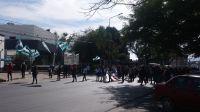 Mediodía picante en Salta: más de 1.500 manifestantes causaron estragos en tránsito
